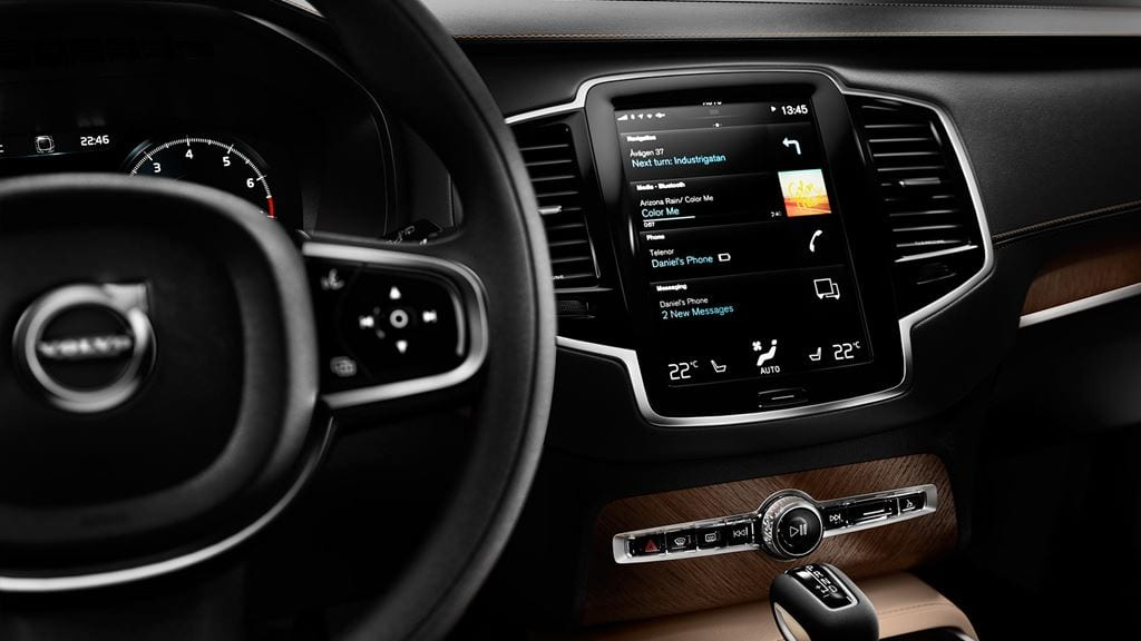 adorable-design-of-the-black-dash-added-with-silver-accent-as-the-volvo-v90-2016-interior-ideas