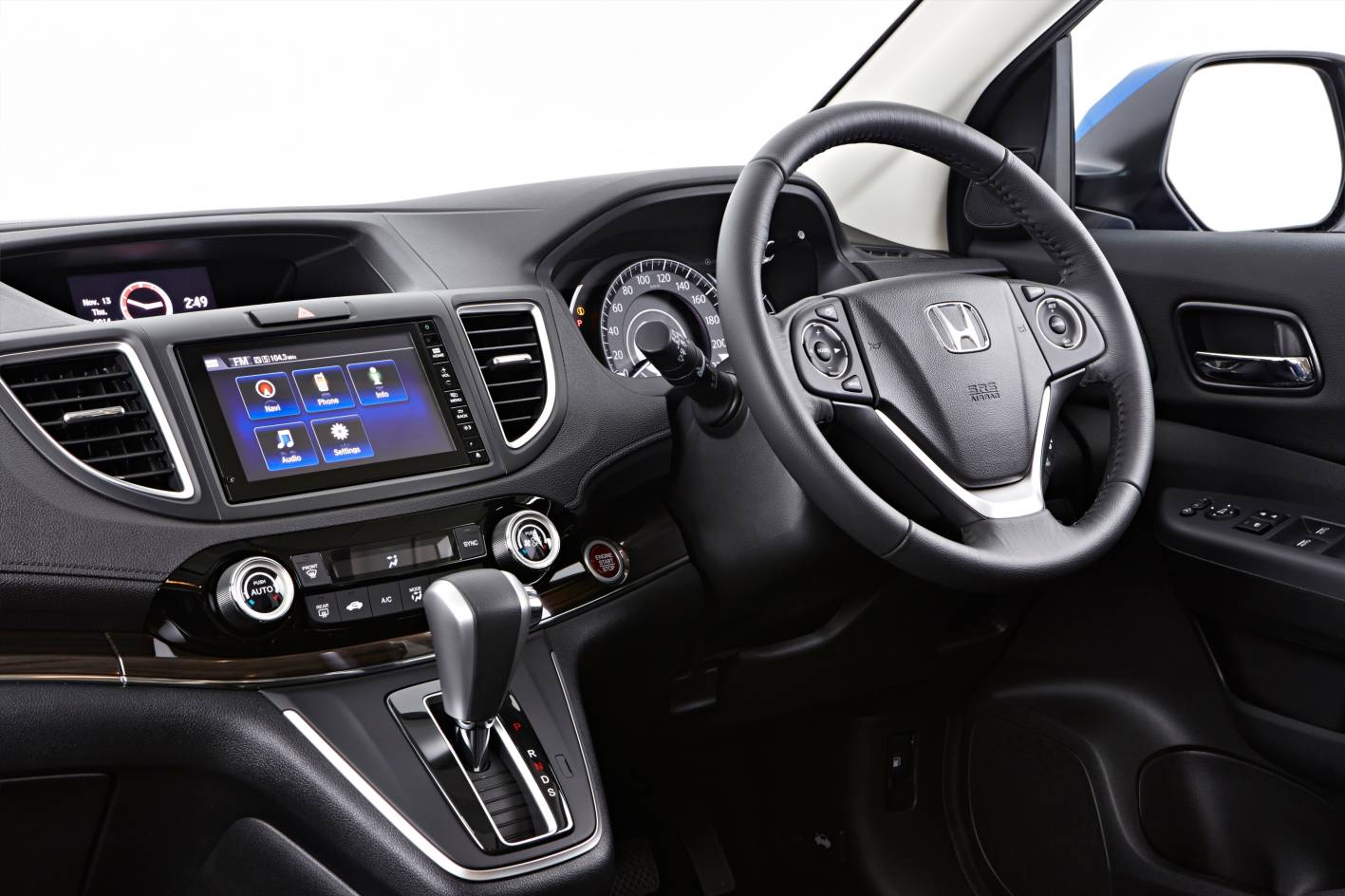 adorable-design-of-the-black-dash-ideas-with-black-steering-wheels-with-silver-accents-ideas-as-the-honda-cr-v-2015-interior