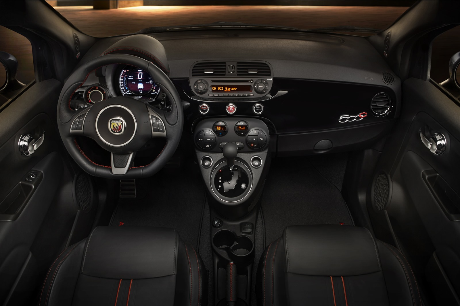 adorable-design-of-the-black-seats-added-with-black-dash-as-the-fiat-500x-2015-interior-ideas