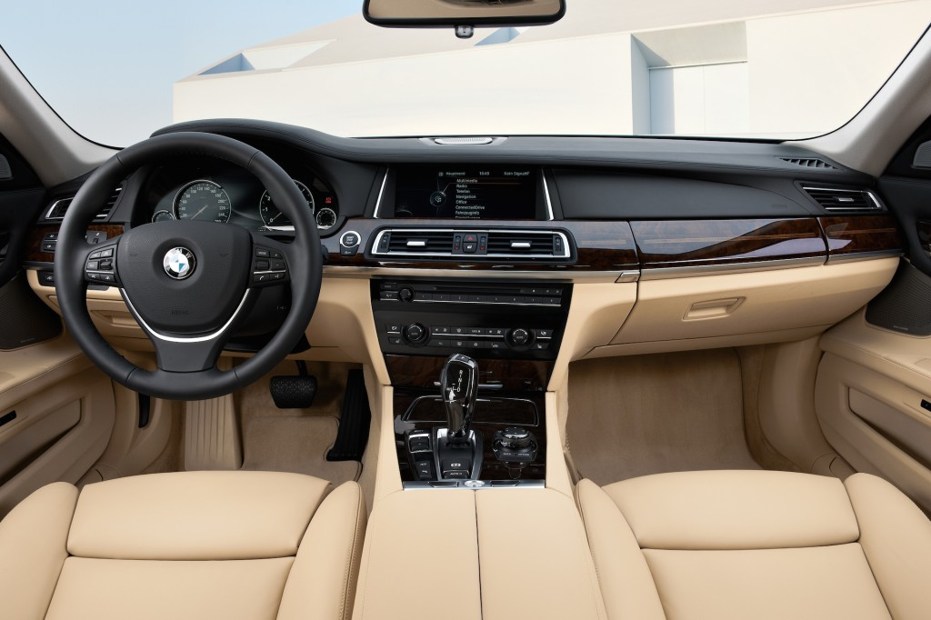 adorable-design-of-the-grey-seats-ideas-with-black-dash-ideas-with-black-steering-wheels-ideas-as-the-bmw-7-series-2015-interior