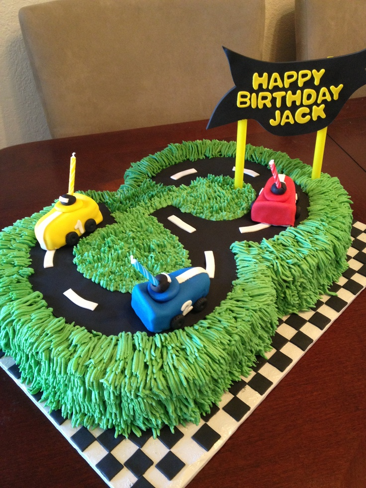 amazing-birthday-cake-with-the-car-decoration-for-birthday-ideas-with-green-color-ideas-with-blue-yellow-and-red-cars
