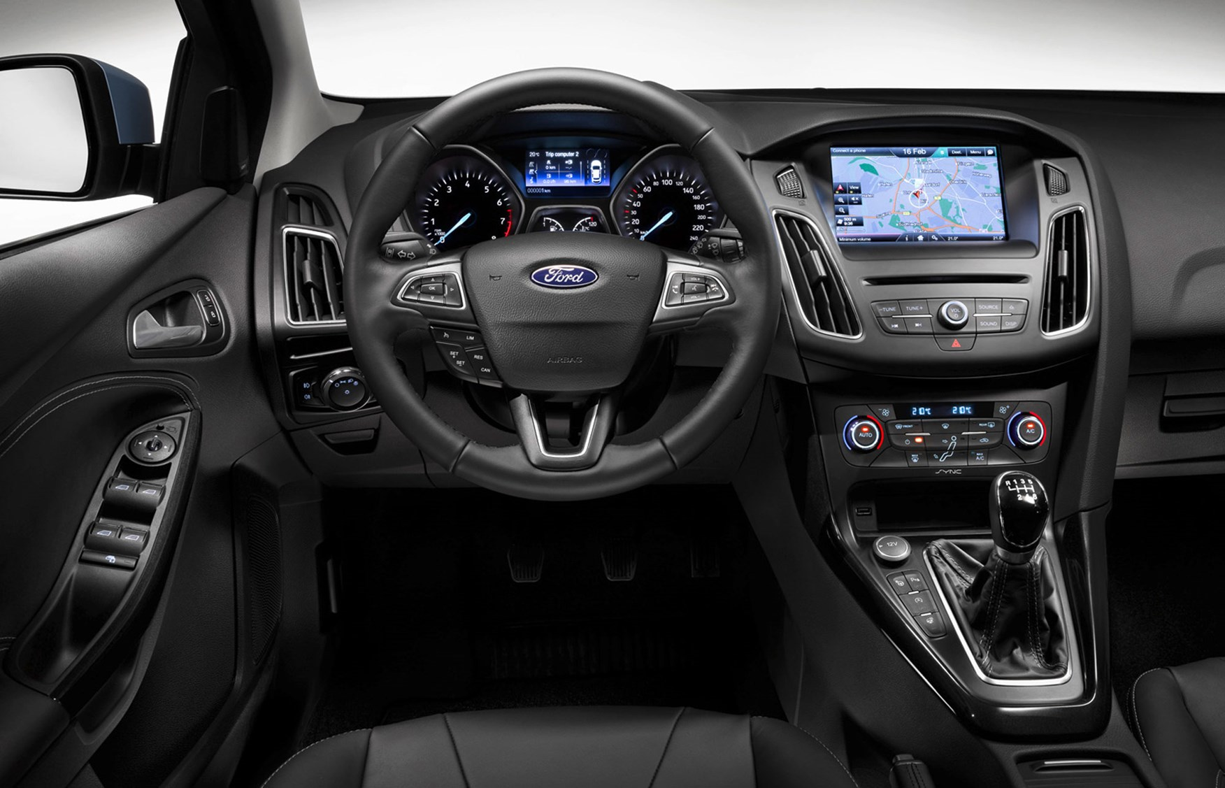 amazing-design-of-the-black-and-silver-steering-wheels-ideas-as-the-ford-focus-facelift-2015-interior