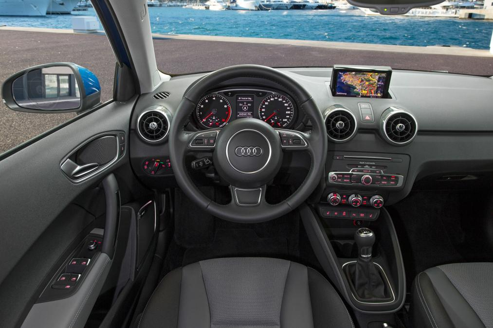 amazing-design-of-the-black-dash-added-with-black-steering-wheels-as-the-audi-q1-2015-interior