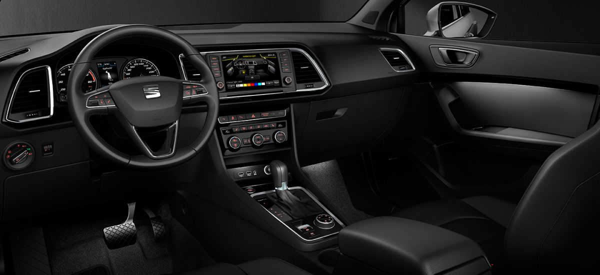amazing-design-of-the-black-seats-added-with-black-and-silver-accent-dash-ideas-as-the-seat-ateca-2016-interior-ideas