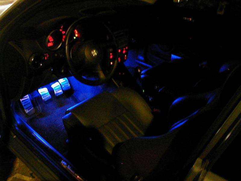 amazing-design-of-the-cars-interior-with-blue-light-ideas-as-the-car-interior-accessories-lights-ideas