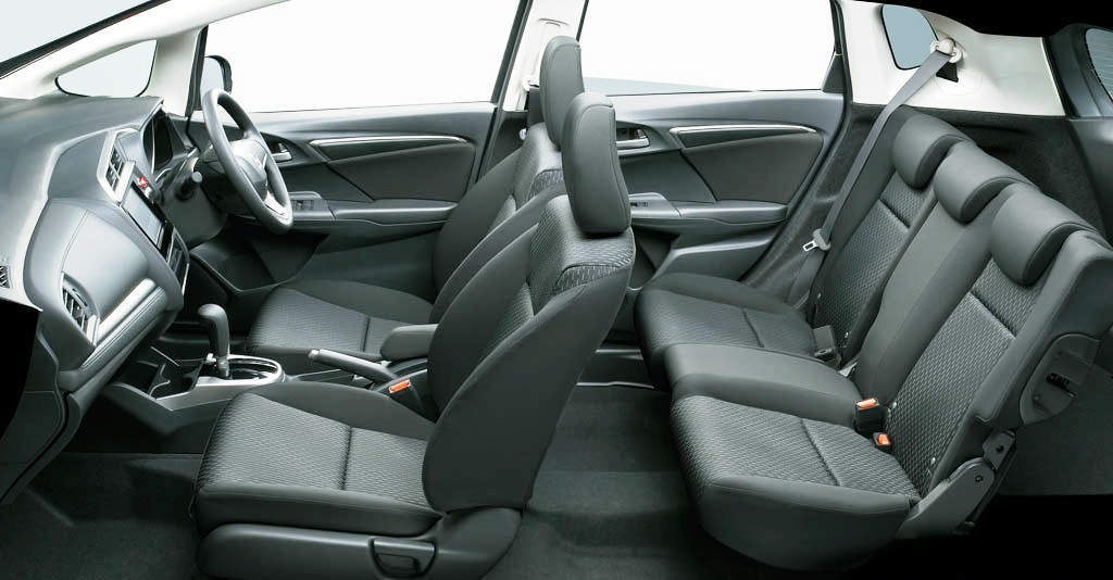 amazing-design-of-the-grey-seats-ideas-with-grey-dash-as-the-honda-jazz-2015-interior
