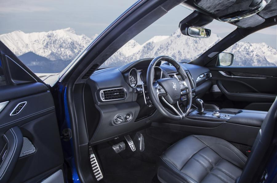 amazing-design-of-the-maserati-levante-2016-interior-with-black-leather-seats-added-with-black-dash-ideas-and-leather-seats
