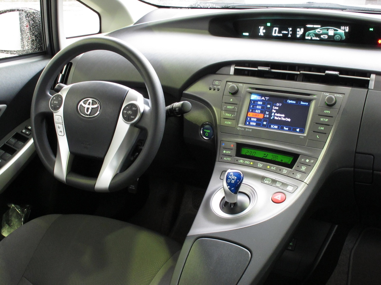 comfy toyota prius 2016 interior for a smooth journey my car interior my car interior. Black Bedroom Furniture Sets. Home Design Ideas