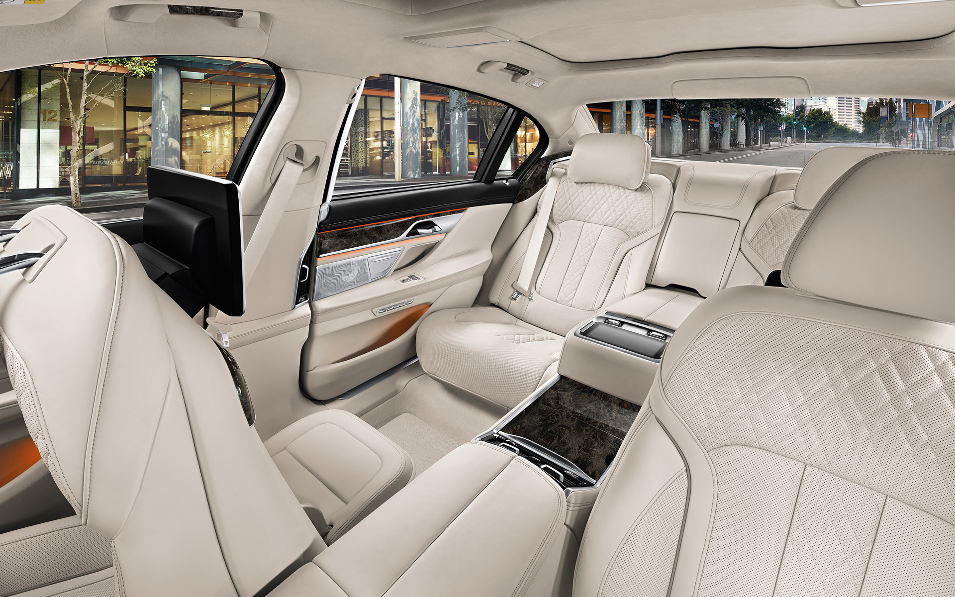 amazing-design-of-the-white-seats-ideas-with-white-ceiling-as-the-bmw-7-series-2015-interior