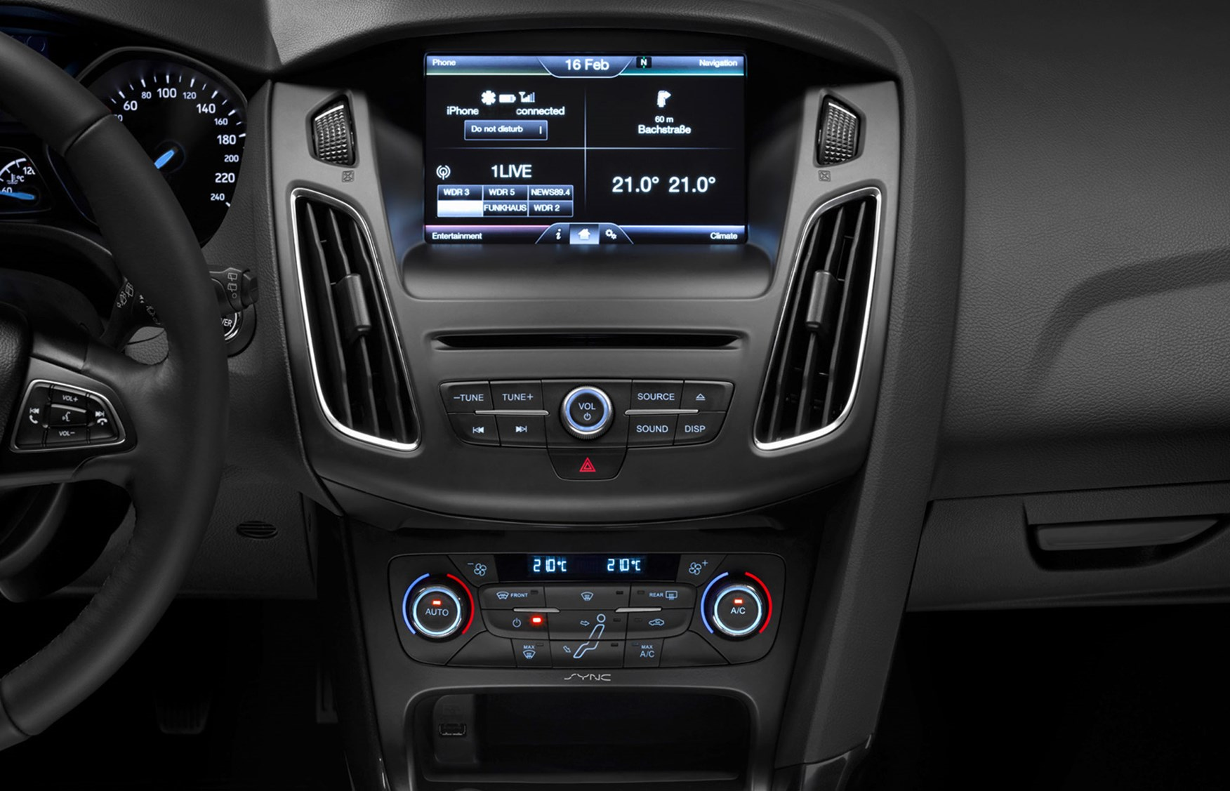 amusing-design-of-the-black-dash-ideas-added-with-silver-accents-as-the-ford-focus-facelift-2015-interior-ideas