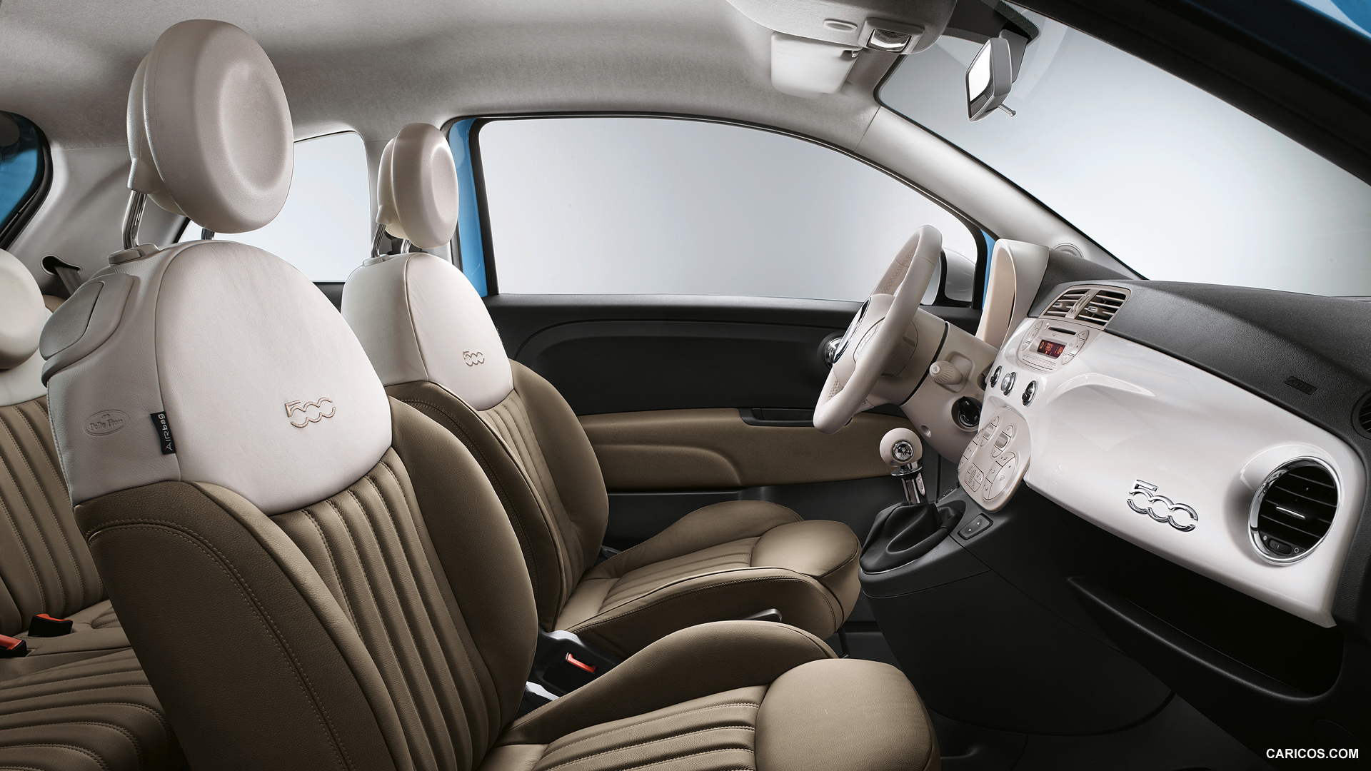 amusing-design-of-the-white-and-brown-seats-idas-with-white-dash-and-black-dash-as-the-fiat-500x-2015-interior