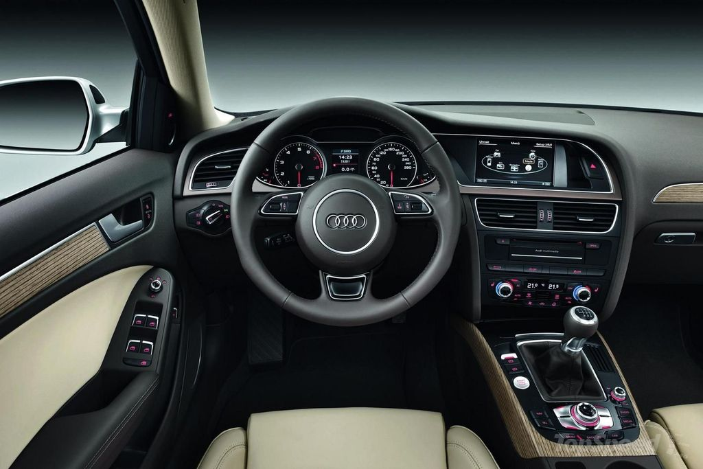 astonishing-design-of-the-black-dash-and-grey-seats-ideas-as-the-audi-a4-2015-interior