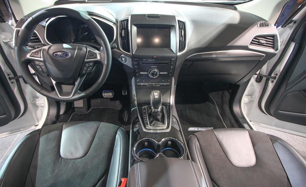 astonishing-design-of-the-black-dash-ideas-with-black-seats-ideas-as-the-ford-edge-2015-interior-ideas