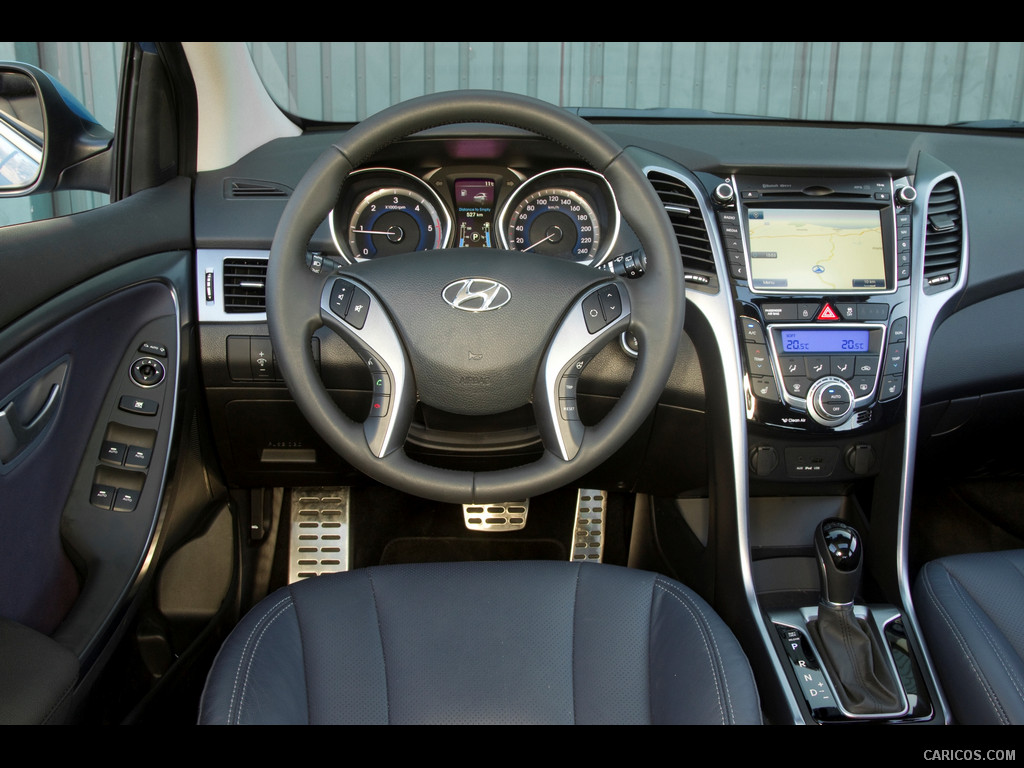 astonishing-design-of-the-grey-seats-added-with-silver-accents-ideas-as-the-hyundai-i30-2015-interior-ideas