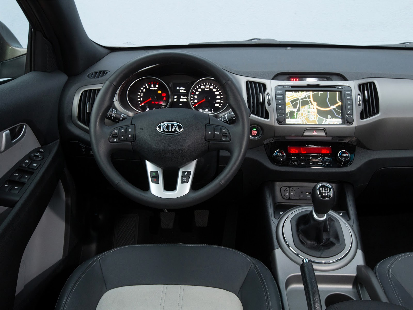 astonishing-design-of-the-silver-and-black-steering-wheels-as-the-kia-sorento-2015-interior-ideas