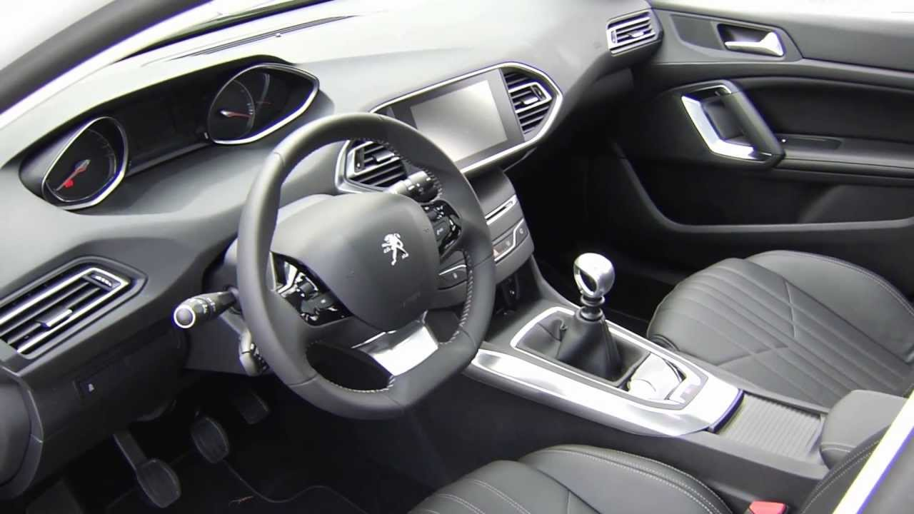 astonishing-design-of-the-silver-swift-ideas-with-black-dash-as-the-peugeot-308-2014-interior