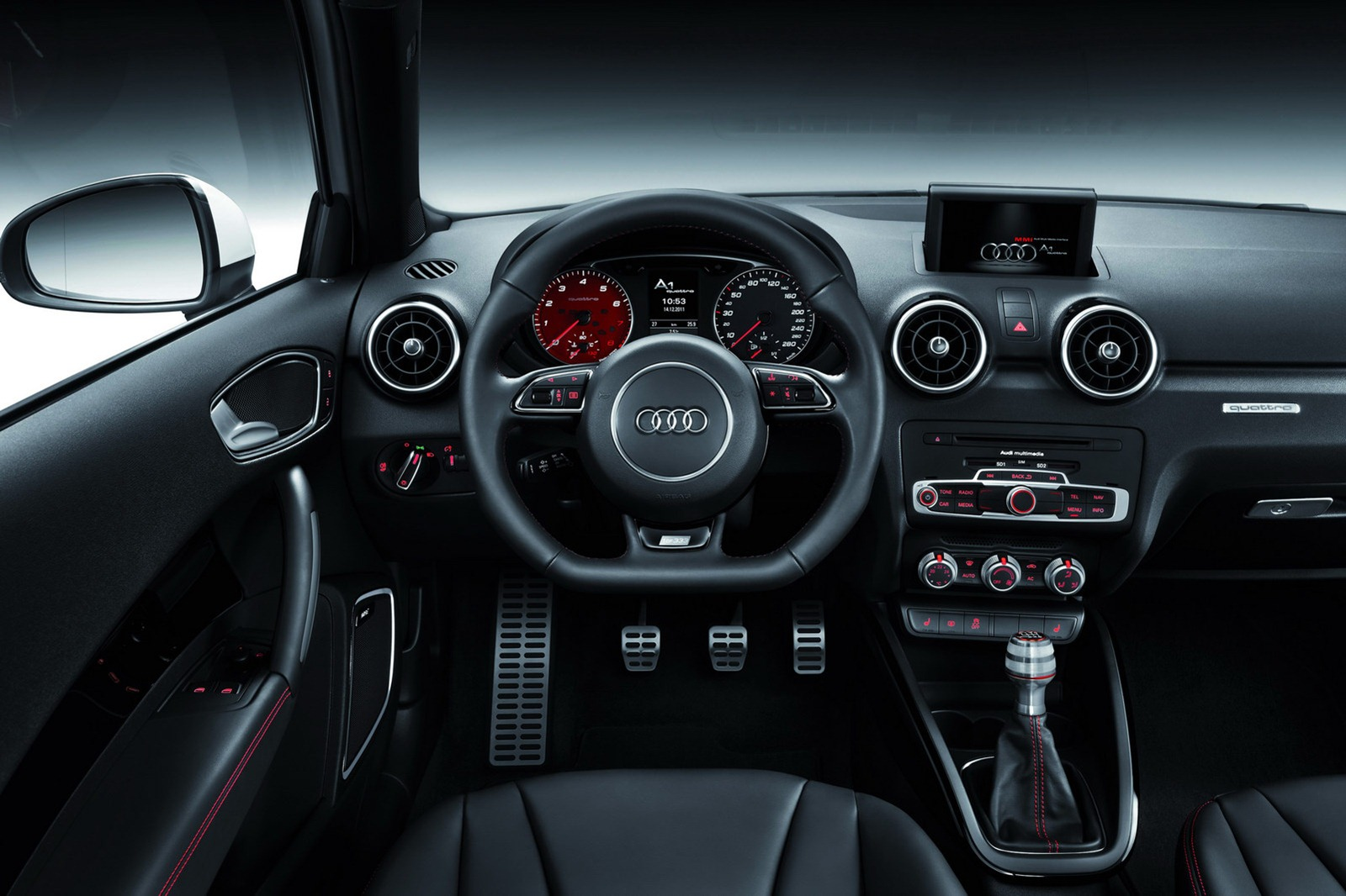 astounding-design-of-the-black-seats-ideas-with-black-dash-and-steering-wheels-as-the-audi-q1-2015-interior