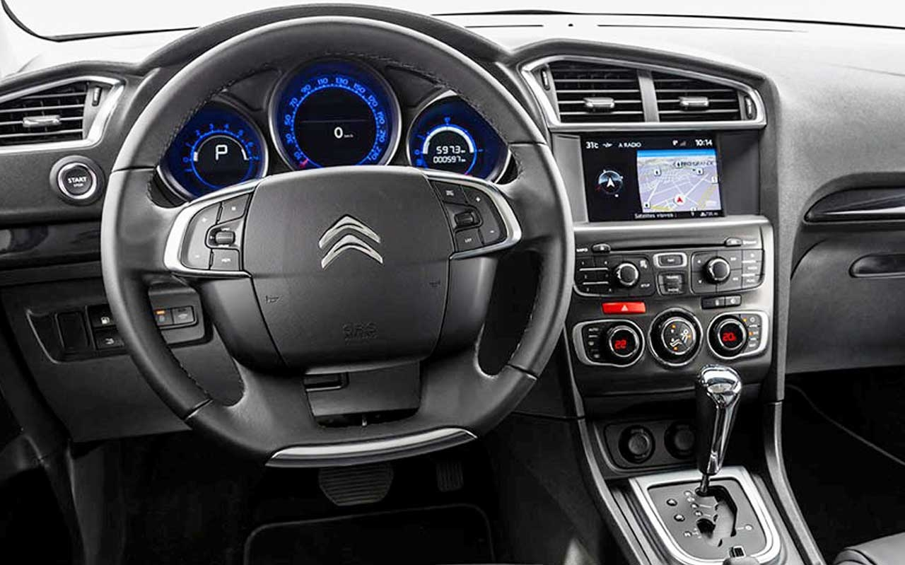 awesome-design-of-the-black-dash-ideas-with-black-steering-wheels-as-the-black-floor-as-the-citroen-c4-2015-interior-ideas