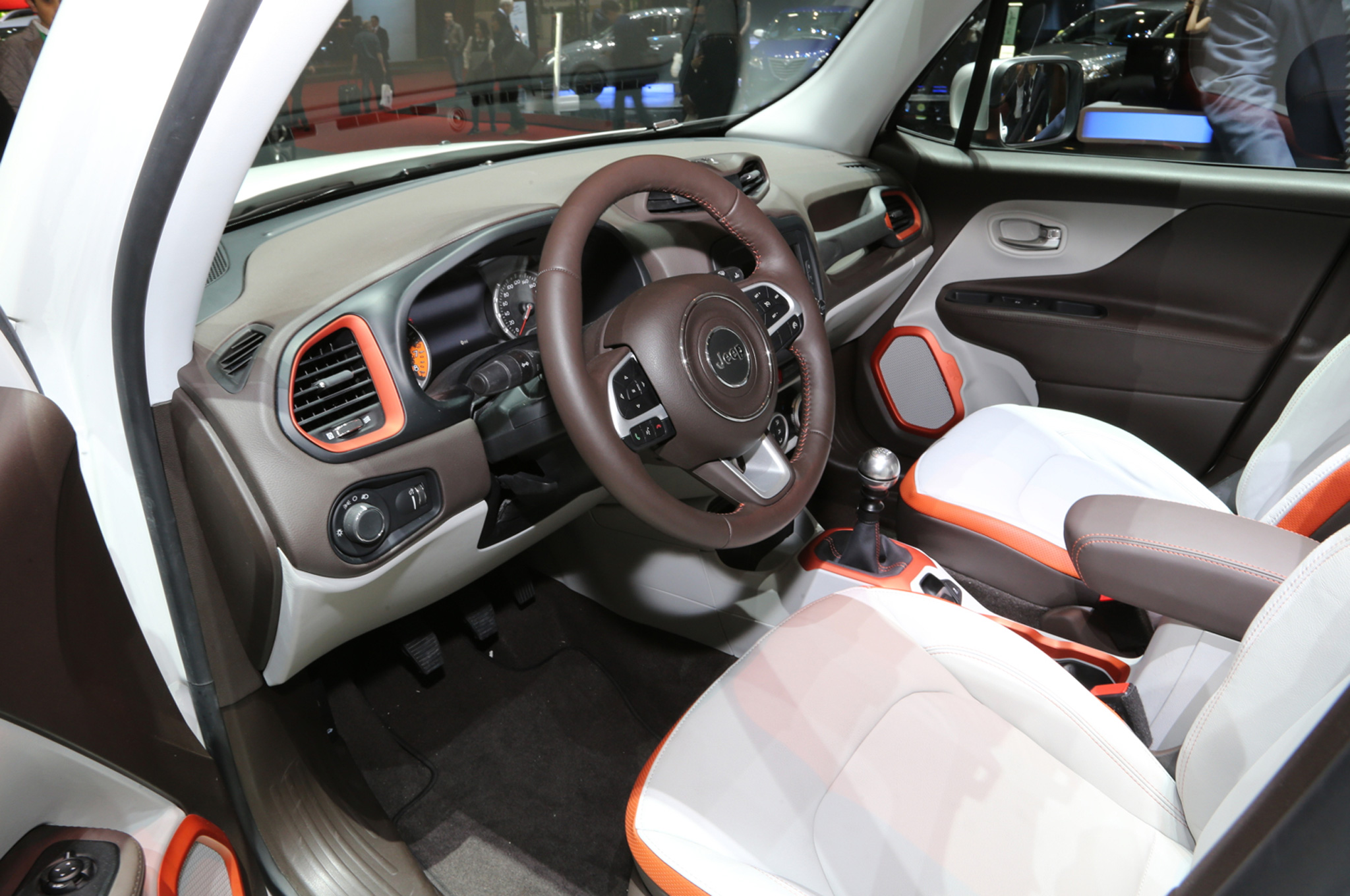 awesome-design-of-the-white-seats-ideas-with-orange-accents-as-the-jeep-renegade-2015-interior-ideas
