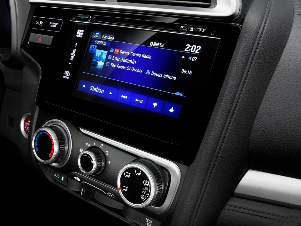 fantastic-design-of-the-black-radio-player-ideas-with-black-dash-as-the-honda-jazz-2015-interior-ideas