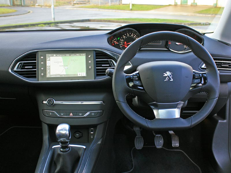 marvelous-design-of-the-black-dash-ideas-with-black-steering-wheels-added-with-silver-accents-as-the-peugeot-308-2014-interior