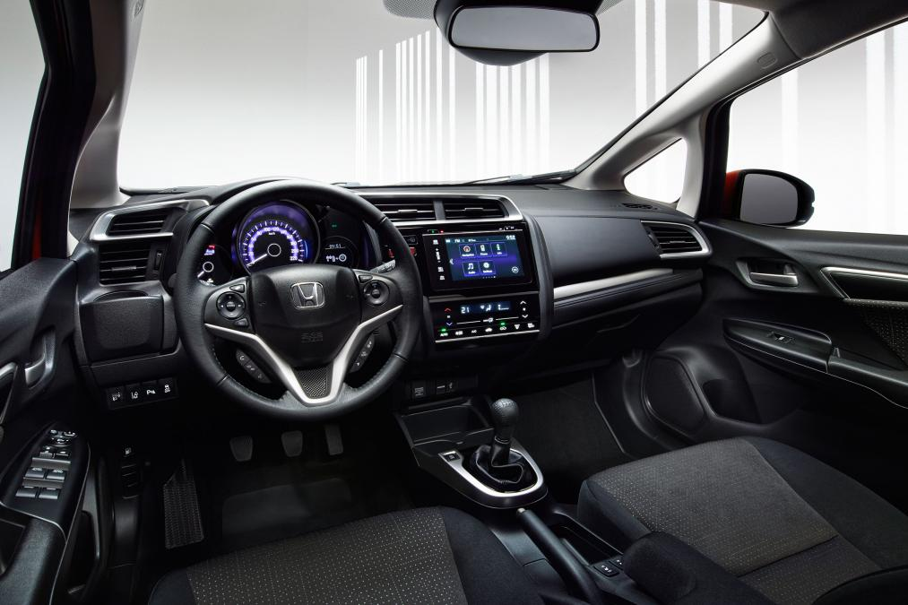 marvelous-design-of-the-black-seats-ideas-with-black-dash-added-with-silver-accent-steering-wheels-as-the-honda-jazz-2015-interior