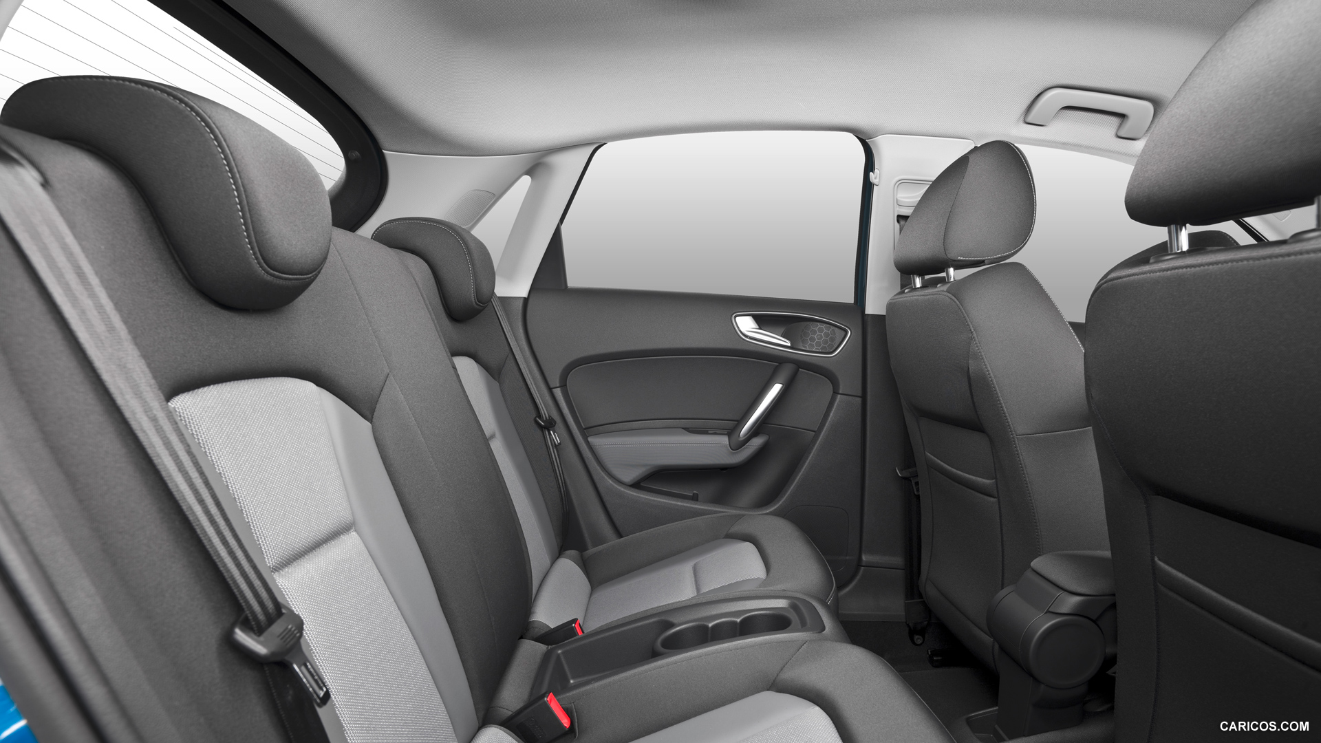 audi q1 2015 interior with a sporty and energetic design my car interior my car interior. Black Bedroom Furniture Sets. Home Design Ideas