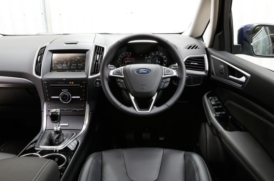 marvelous-design-of-the-grey-seats-ideas-with-black-dash-and-silveer-steering-wheels-ideas-as-the-ford-s-max-2015-interior