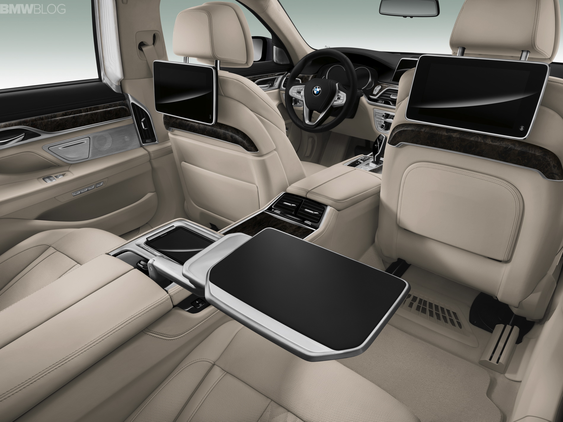 stunning-design-of-the-bmw-7-series-2015-interior-with-able-and-grey-seats-ideas-with-lcd-as-the-bmw-7-series-2015-interior