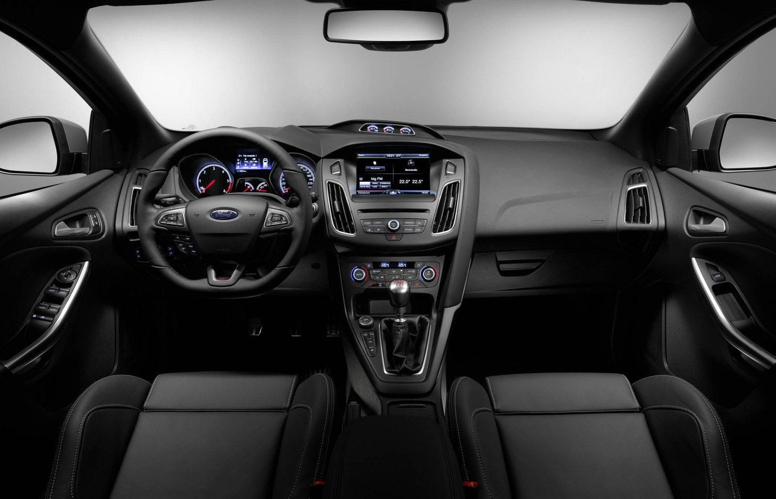 stunning-design-of-the-black-dash-ideas-with-black-seats-and-steering-wheels-ideas-as-the-ford-focus-facelift-2015-interior