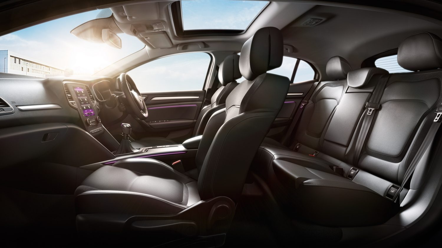 stunning-design-of-the-black-leather-seats-ideas-added-with-black-dash-as-the-renault-megane-hatch-2016-interior
