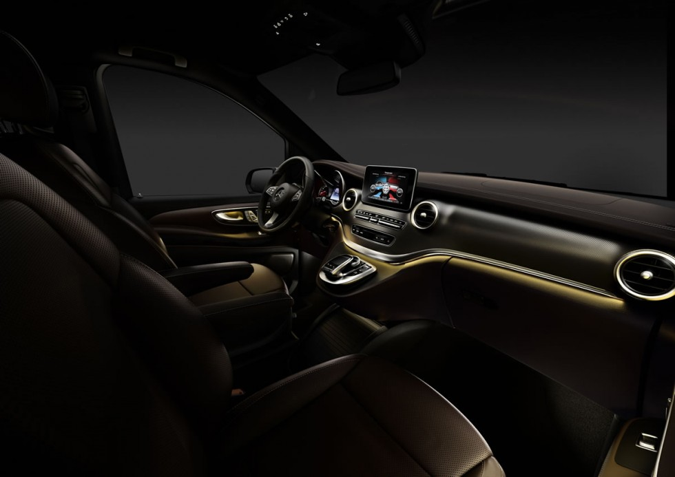 stunning-design-of-the-brown-dash-ideas-with-brown-seats-as-the-mercedes-benz-v-class-2015-interior
