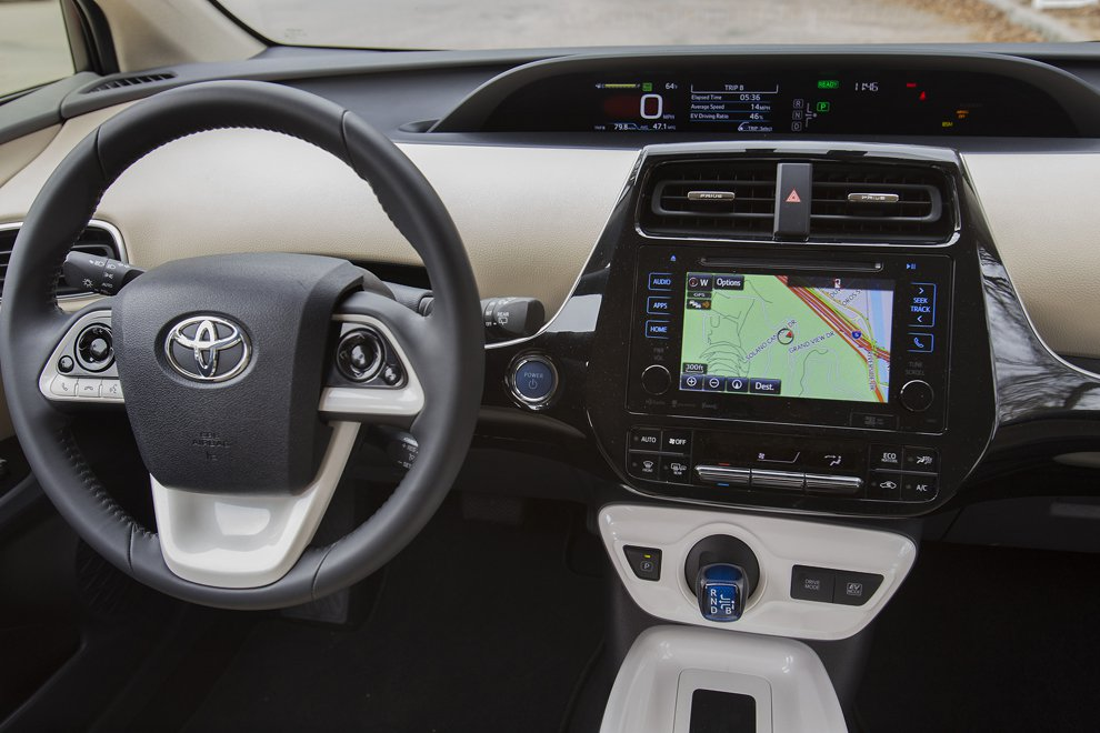 stunning-design-of-the-white-and-black-steering-wheels-added-with-gps-as-the-toyota-prius-2016-interior