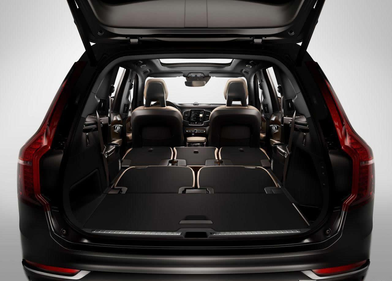 superb-design-of-the-black-back-seats-volvo-v40-2016-interior-ideas-with-black-leather-seats