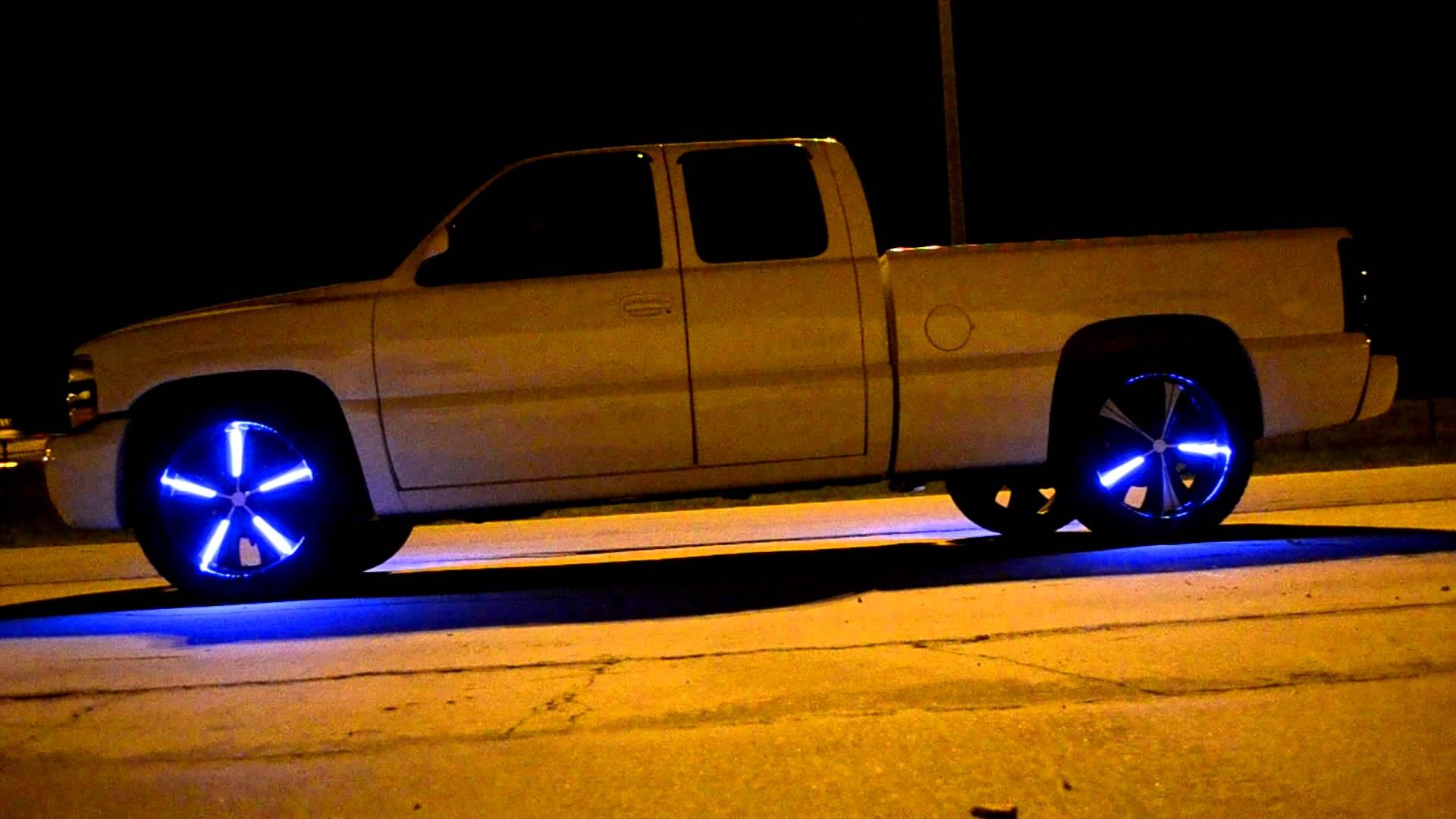 superb-design-of-the-blue-car-interior-accessories-lights-ideas-put-at-the-wheel-areas