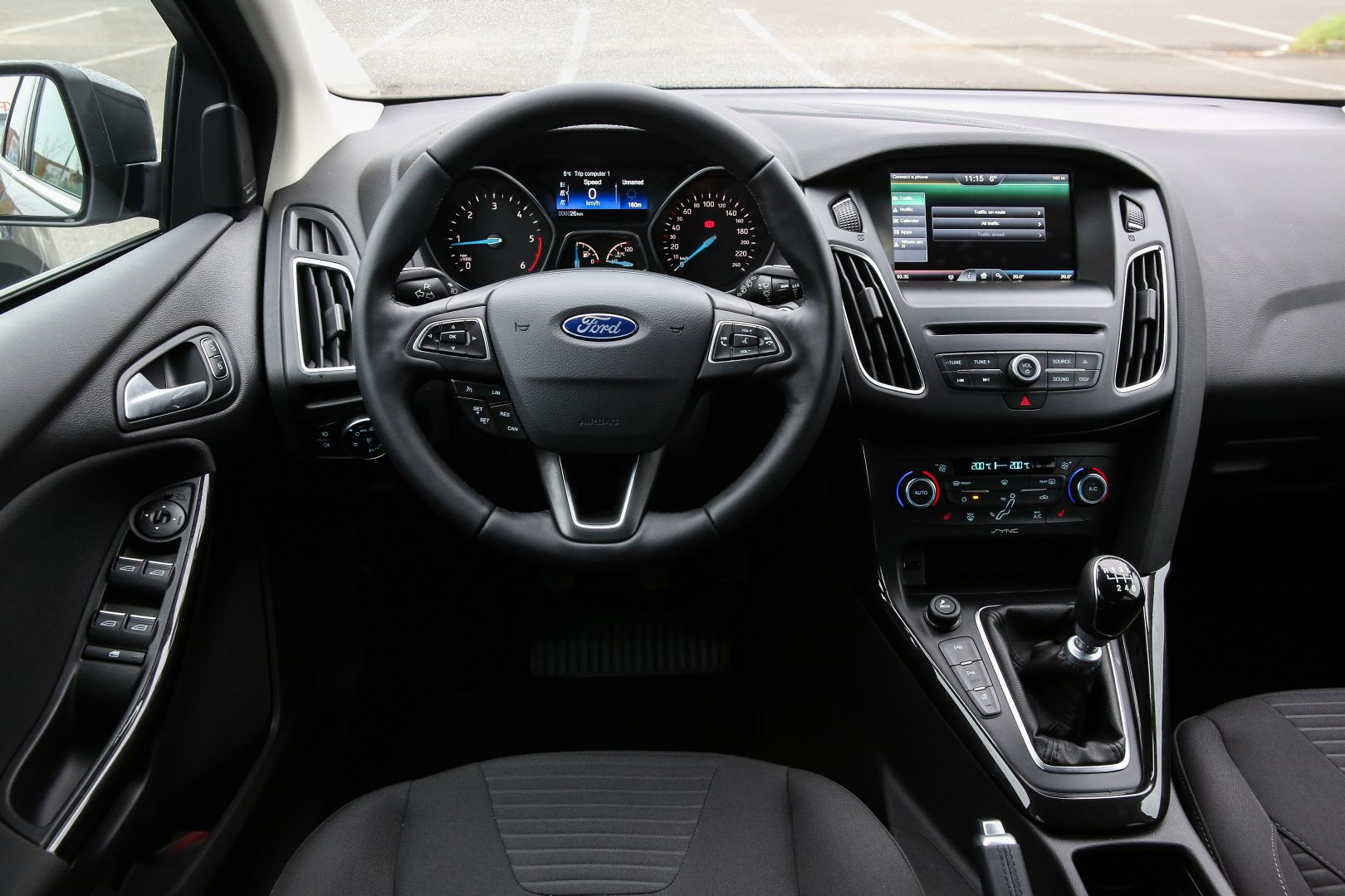 superb-design-of-the-grey-dash-ideas-with-black-steering-wheels-ideas-as-the-ford-focus-facelift-2015-interior