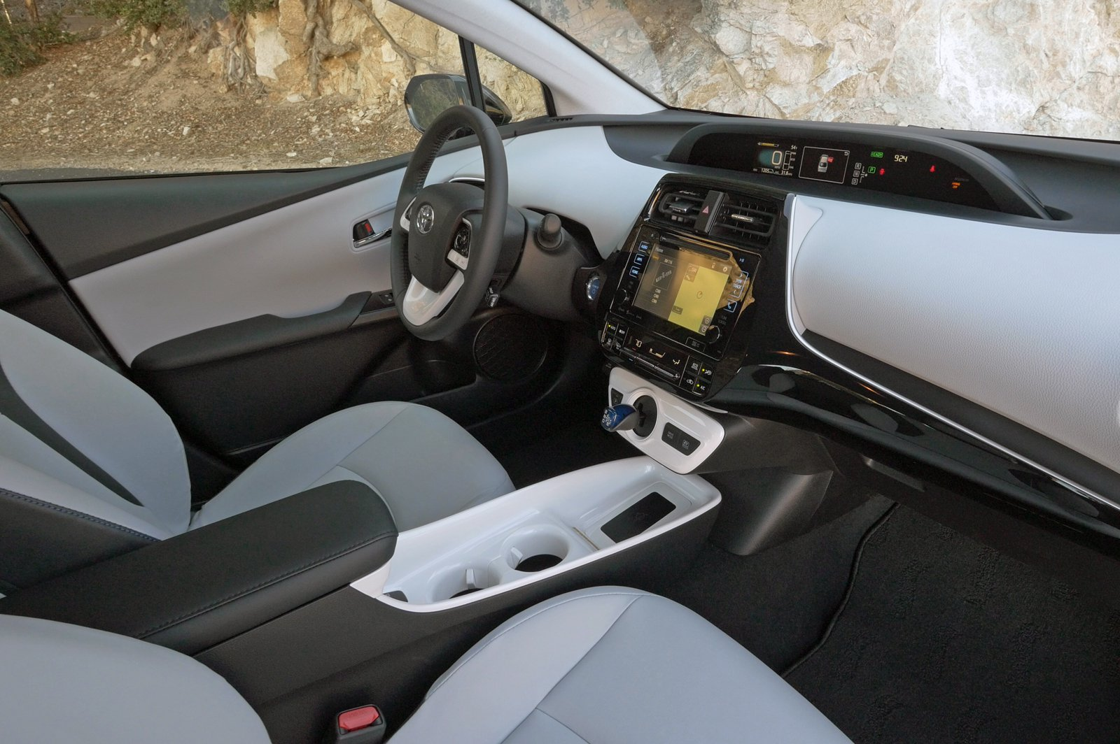 astonishing-design-of-the-toyota-prius-2016-interior-with-grey-and-black-seats-added-with-grey-dash-ideas