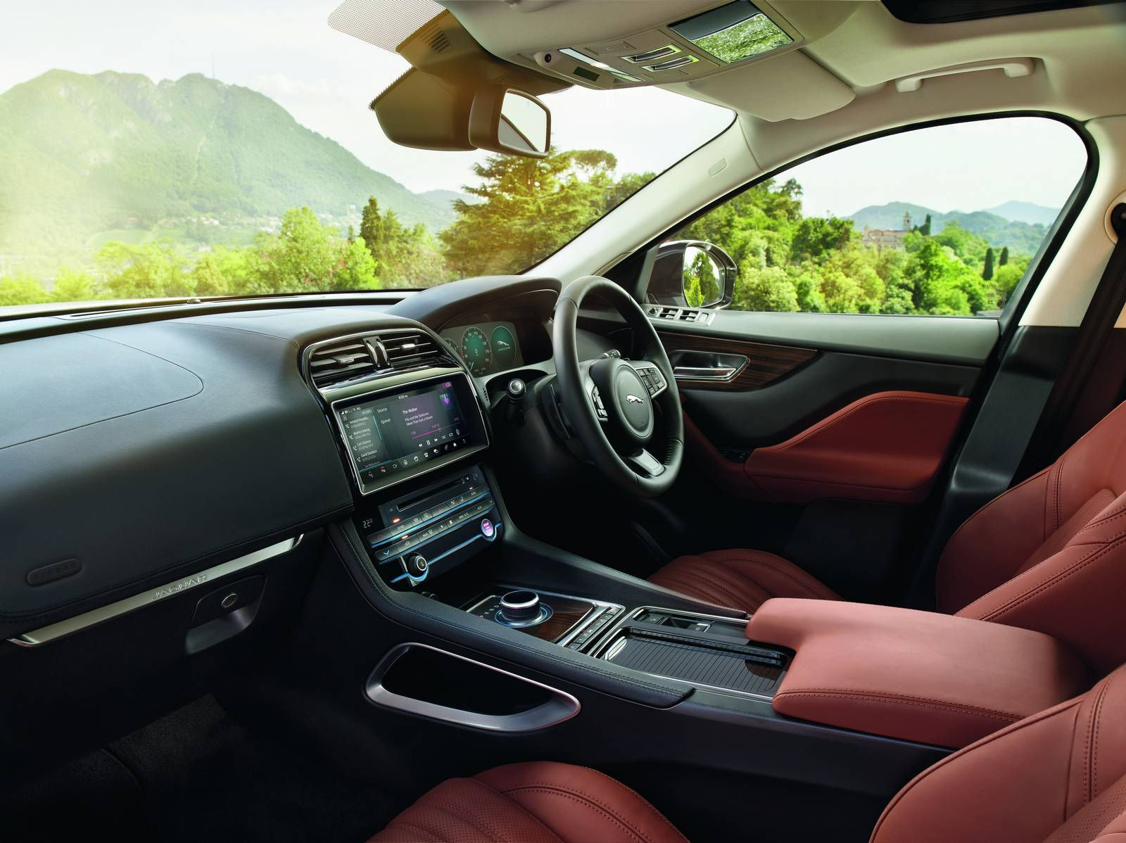 marvelous-design-of-the-brown-seats-ideas-with-black-dash-and-jaguar-f-pace-2016-interior-ideas